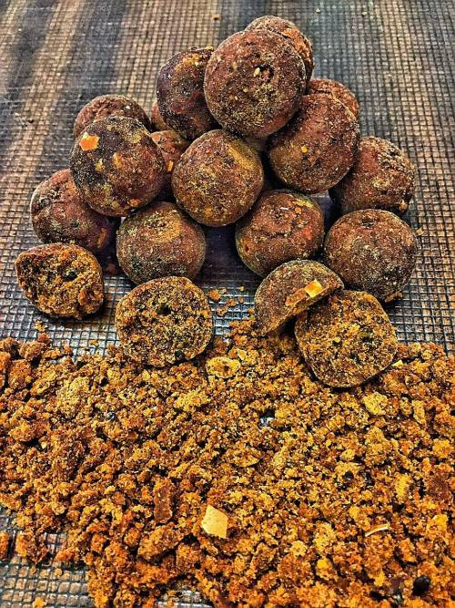 BAITING BOILIES 2KG FREEDOM - LINEA APS BAIT AMINO PROTEIN SYSTEM